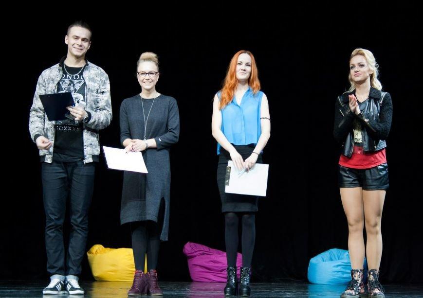 Молодежь устроила хип-хоп баттл и мастерски отбитбоксила на фестивале в Пушкине, фото-5