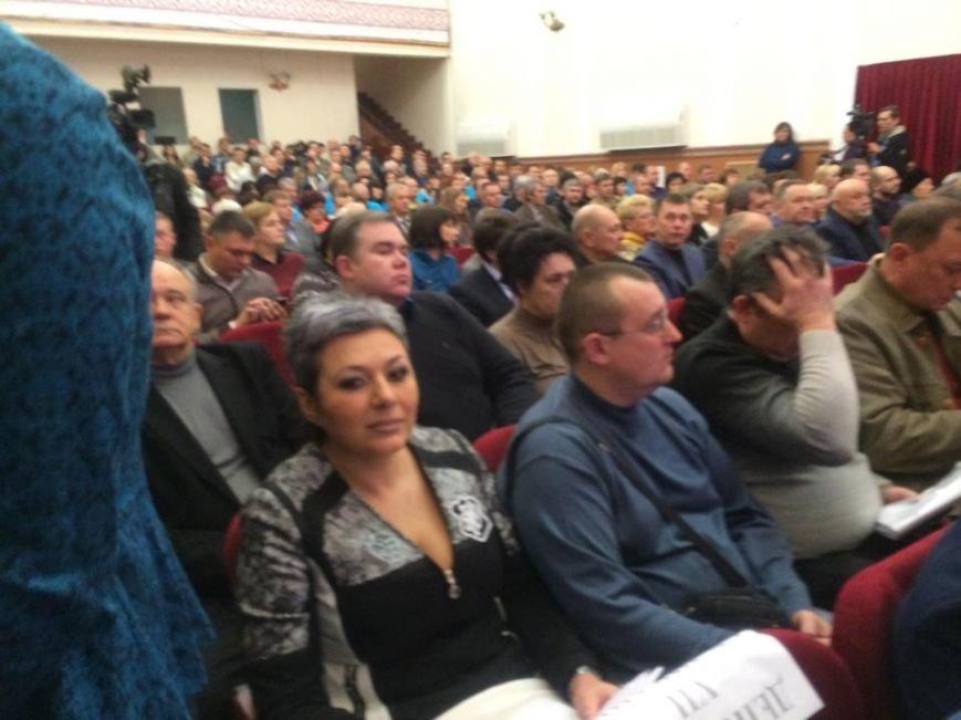 В Мариуполе первая сессия нового созыва начала работу. Сессионный зал переполнен (ФОТО, ВИДЕО), фото-9