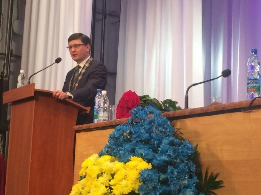 В Мариуполе первая сессия нового созыва начала работу. Сессионный зал переполнен (ФОТО, ВИДЕО), фото-12