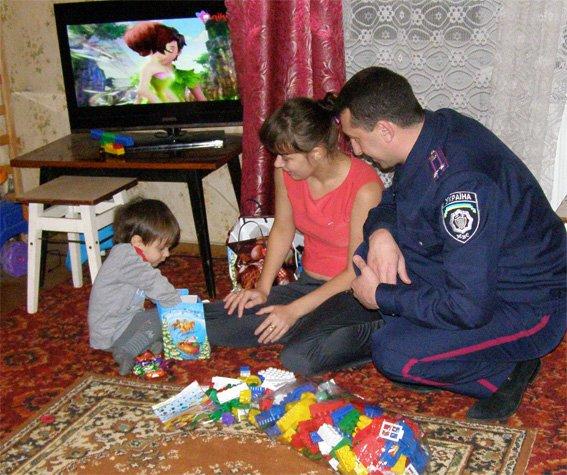 Поліцейські Кіровоградщини долучилися до проведення Дня благодійності (ФОТО) (фото) - фото 1