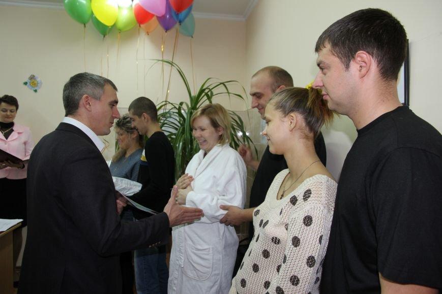 Родителям не придется стоять в очереди за главным документом новорожденных николаевцев (ФОТО), фото-5