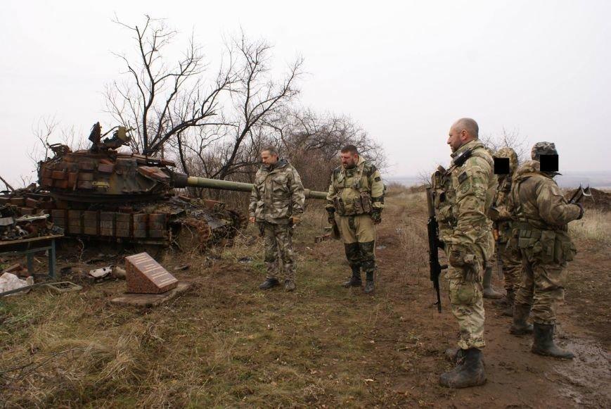 На месте гибели криворожан, экипажа 17-й танковой бригады, волонтеры установили мемориальный знак (ФОТО), фото-14
