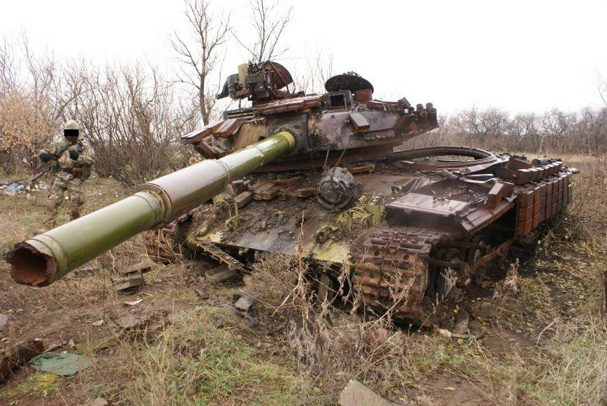 На месте гибели криворожан, экипажа 17-й танковой бригады, волонтеры установили мемориальный знак (ФОТО), фото-17