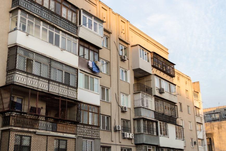 738a1309548a82f4bf568eab65ff4abf Разруха и отстройка – контраст одесской жизни на улице Куйбышева