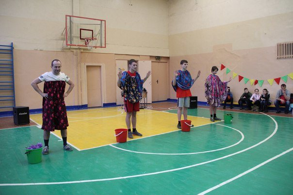 «Новогодняя эстафета» в гимназии №2 помогла вызвать зиму в Новополоцк (фото) - фото 1