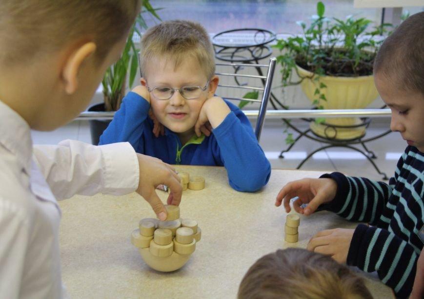 Малыши из детских домов города Пушкина подружились с Бабой Ягой, фото-8