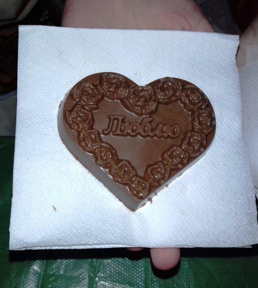 В мастер-классе от шоколатье криворожскую детвору научили вкусному ремеслу (ФОТО) (фото) - фото 1