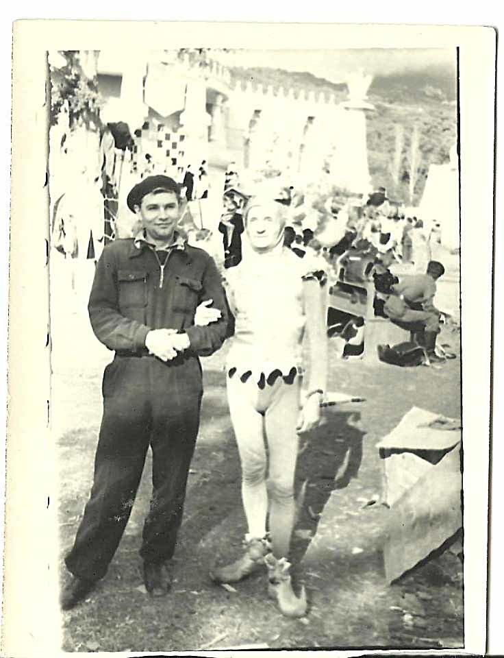 Г.Ф. Милляр и И.И. Лысов. На съмках фильма Новые похождения Кота в сапогах. 1958 г.