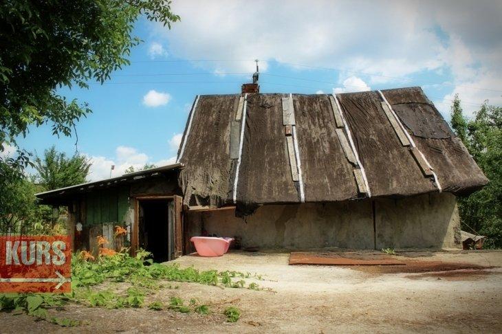 Житло для фронтовика, або Чому сім'я мобілізованого бійця з Угринова досі живе в сараї, фото-1
