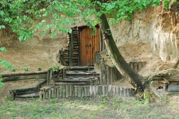 монастир печерний