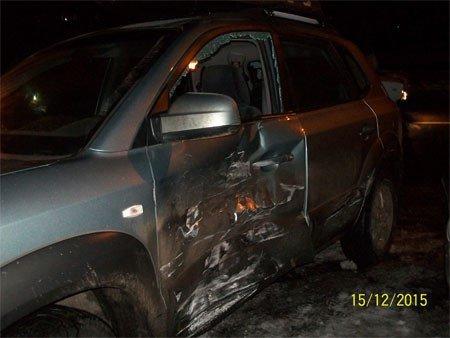 В Сумах в ДТП пострадали двое пассажиров, среди них 6-летняя девочка (ФОТО) (фото) - фото 1