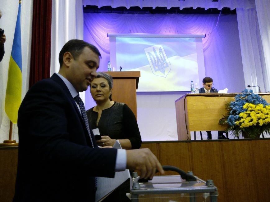 В Мариуполе прошла сессия городского совета. Тайно выбрали секретаря и проголосовали за заместителей (ДОПОЛНЕНО+ФОТО), фото-3