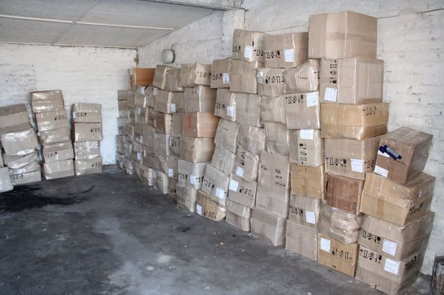 В Черниговской области задержали косметику из Крыма, фото-5