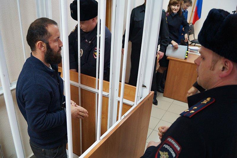 Взятый под стражу белгородский имам Исмаилов: Оружие и взрывчатку мне подбросили сотрудники ФСБ (фото) - фото 2