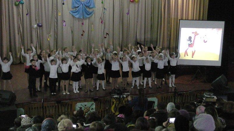 В музыкальной школе для детей провели концерт