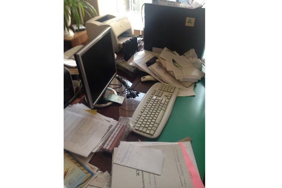 Поліцейські викрили працівника навчального закладу, який розповсюджував дитячу порнографію (фото) - фото 1