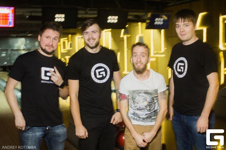 У Житомирі відбулася 10 гра 9-го Корпоративного Чемпіонату з боулінгу (фото) - фото 1