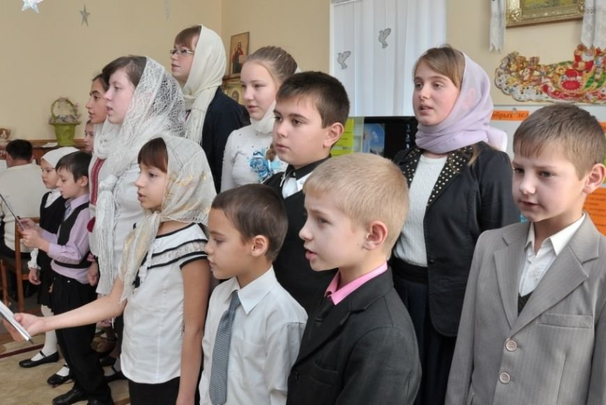 В воскресной школе села Боевое встречали Святого Николая (фото) - фото 1