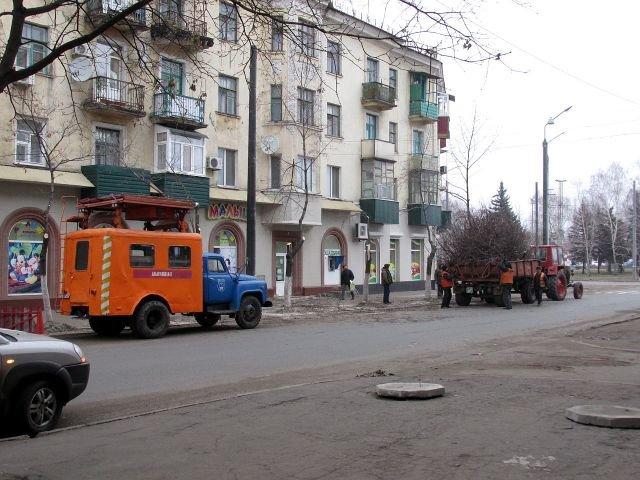 Как идет строительство троллейбусной линии в Старый город (ФОТО), фото-11