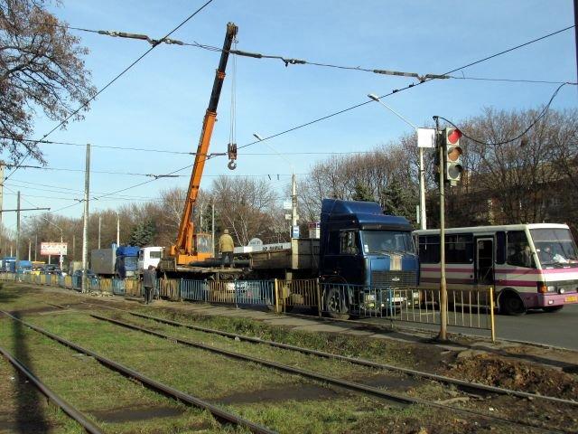 Как идет строительство троллейбусной линии в Старый город (ФОТО), фото-13
