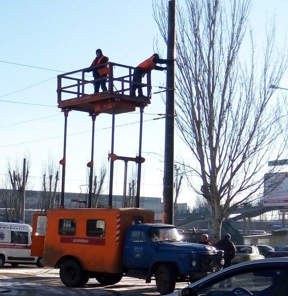 Как идет строительство троллейбусной линии в Старый город (ФОТО) (фото) - фото 1
