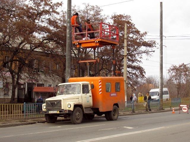 Как идет строительство троллейбусной линии в Старый город (ФОТО), фото-10