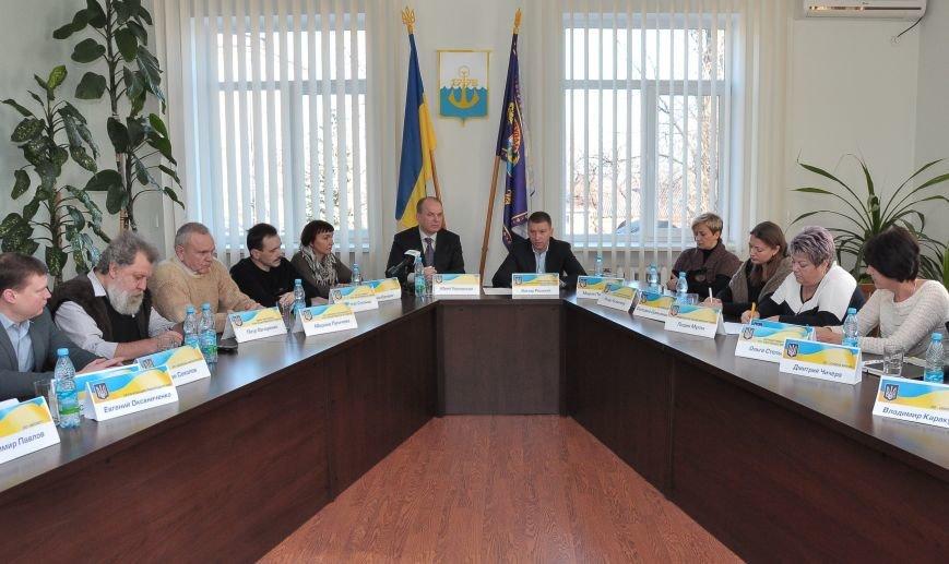Мариупольские активисты обсудили с Ремским, что делать с МАФами и коррупцией (ФОТО), фото-1