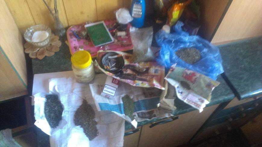 45-летний житель Димитрова разоблачен на хранении дома мешка конопли (фото) - фото 1