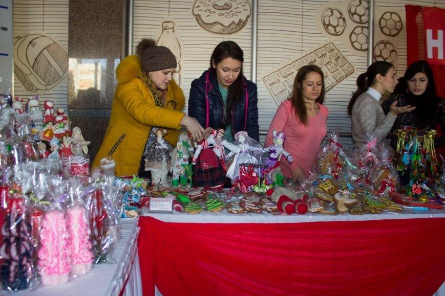 В Днепродзержинске открылась ярмарка HandMade (фото) - фото 3