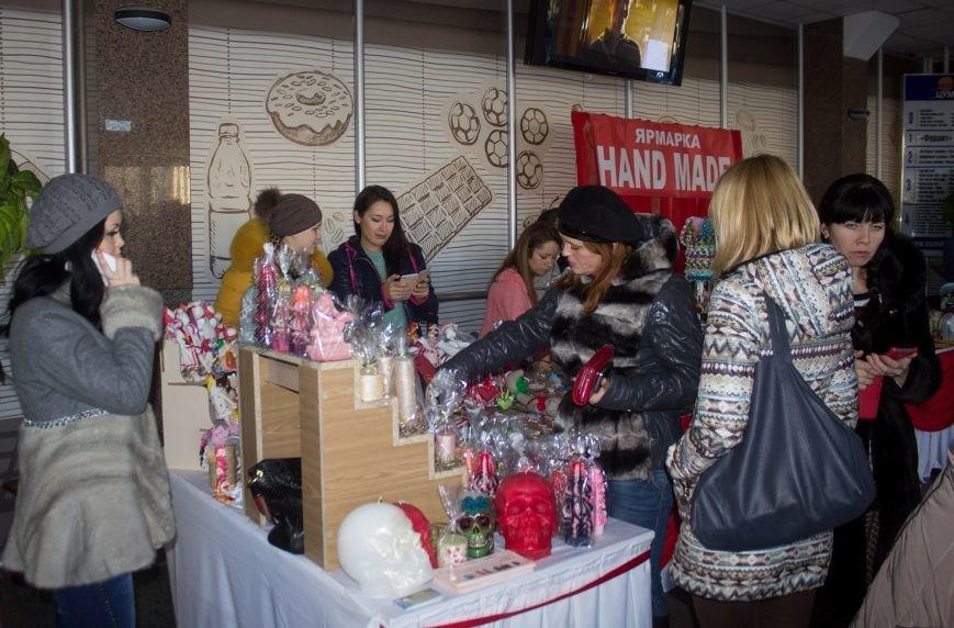 В Днепродзержинске открылась ярмарка HandMade (фото) - фото 5