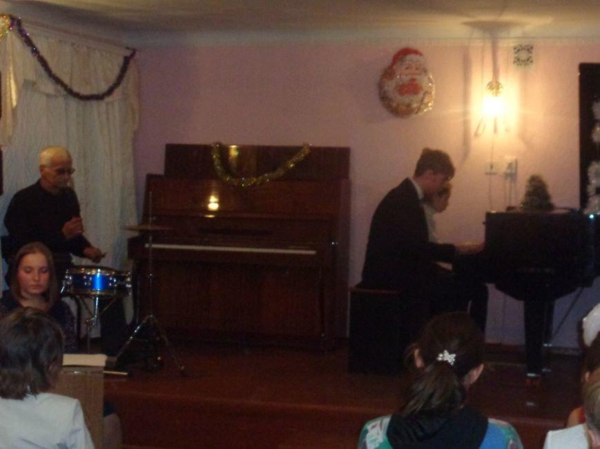День Святого Николая в музыкальной школе Красноармейска отметили музыкально, талантливо и громогласно (фото) - фото 18