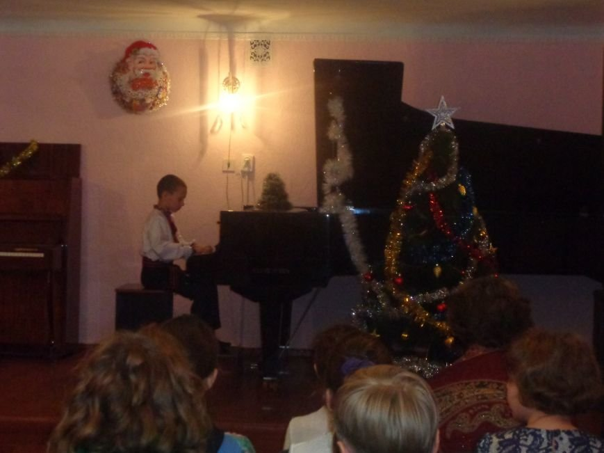 День Святого Николая в музыкальной школе Красноармейска отметили музыкально, талантливо и громогласно (фото) - фото 10