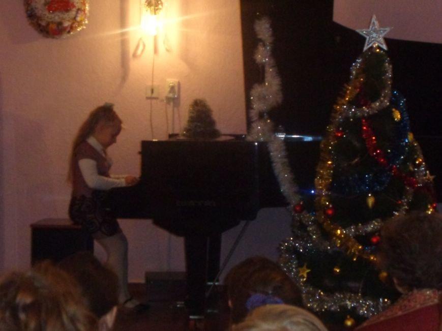 День Святого Николая в музыкальной школе Красноармейска отметили музыкально, талантливо и громогласно (фото) - фото 8