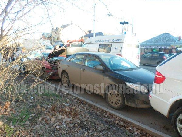 В Ростове на Портовой произошла крупная авария с участием машины полиции, фото-3
