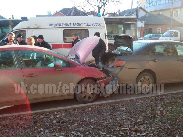В Ростове на Портовой произошла крупная авария с участием машины полиции, фото-2