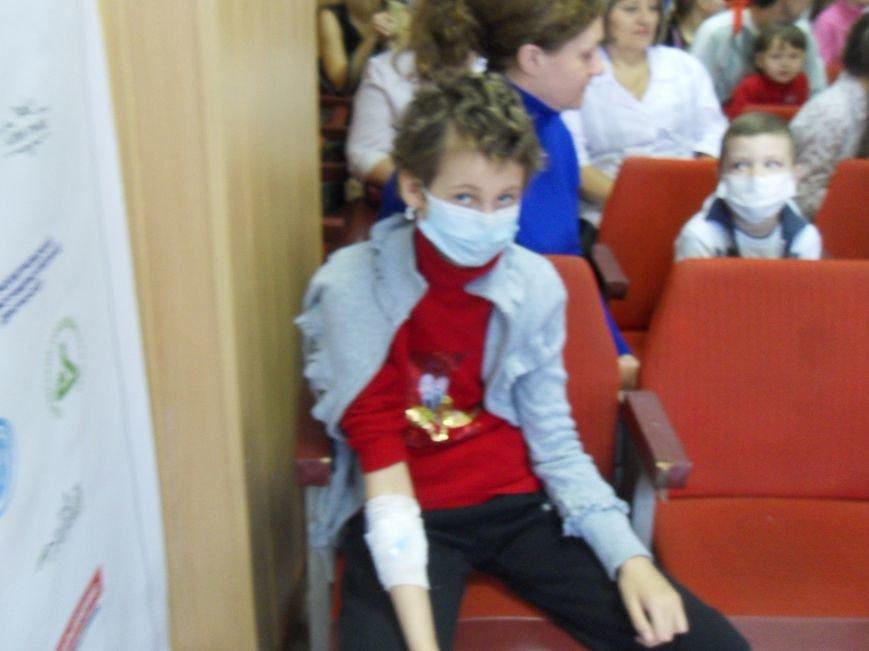 Помічники Святого Миколая завітали до онкохворих дітей (ФОТО) (фото) - фото 2