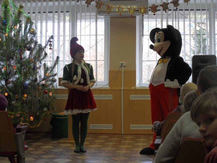Помічники Святого Миколая завітали до онкохворих дітей (ФОТО) (фото) - фото 3
