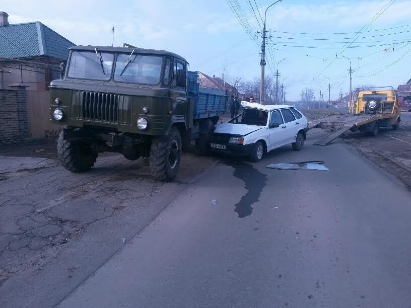 В Мариуполе легковушка врезалась в грузовик. Водитель был сильно пьян (ФОТО+ДОПОЛНЕНО), фото-3