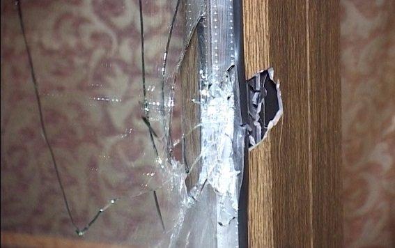 В Киеве задержали иностранцев, устроивших стрельбу в кафе (ФОТО, ВИДЕО) (фото) - фото 3