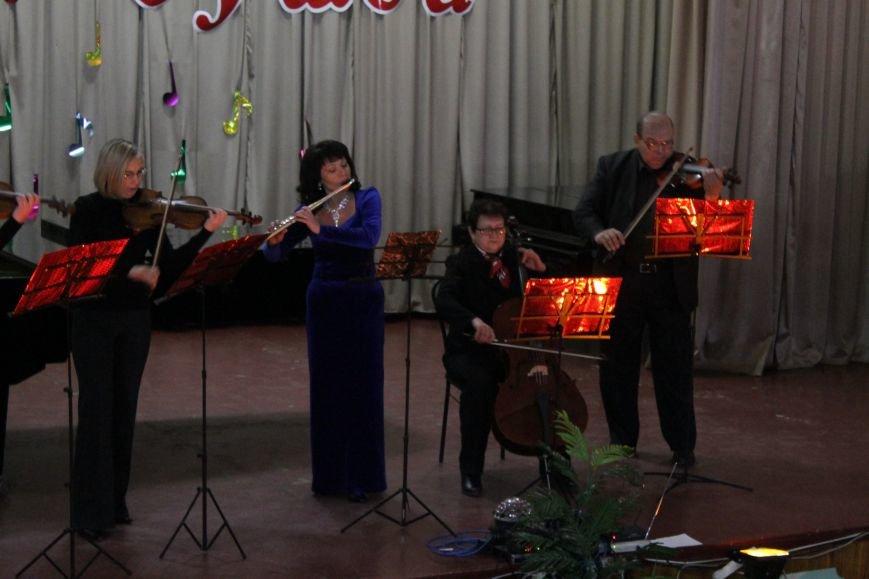 В добропольской музыкальной школе состоялся авторский концерт Светланы Каширской (ФОТО), фото-4
