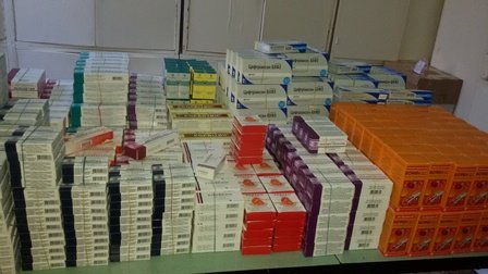 В Мариуполь прибыли медикаменты для коммунальной аптеки (ФОТО), фото-4