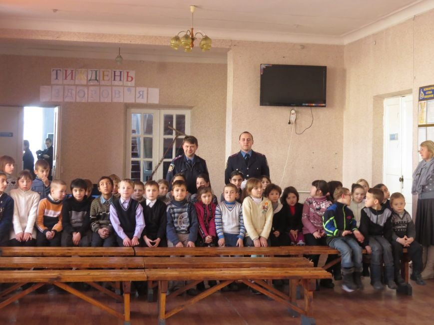 Димитровские правоохранители поздравили воспитанников интерната с днем Святого Николая (фото) - фото 4