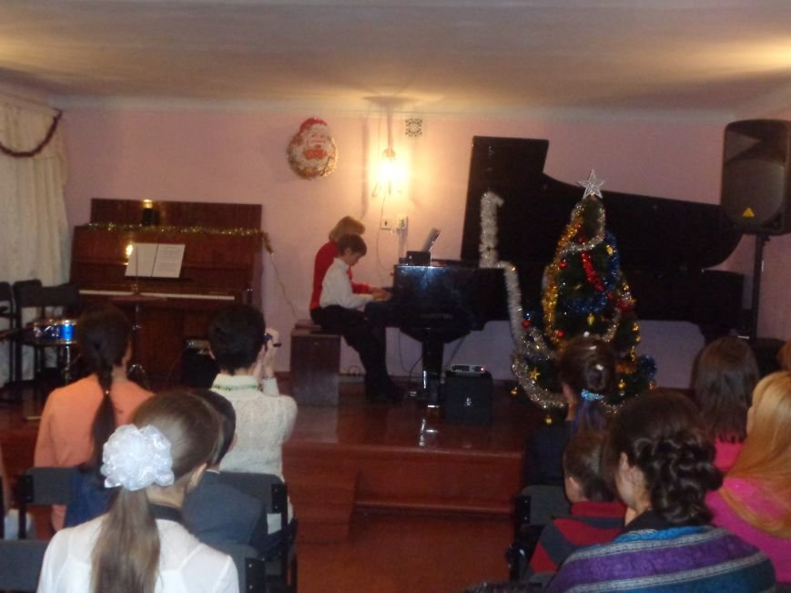 В музыкальной школе Красноармейска прозвучали «Хиты прошлых лет» (фото) - фото 1