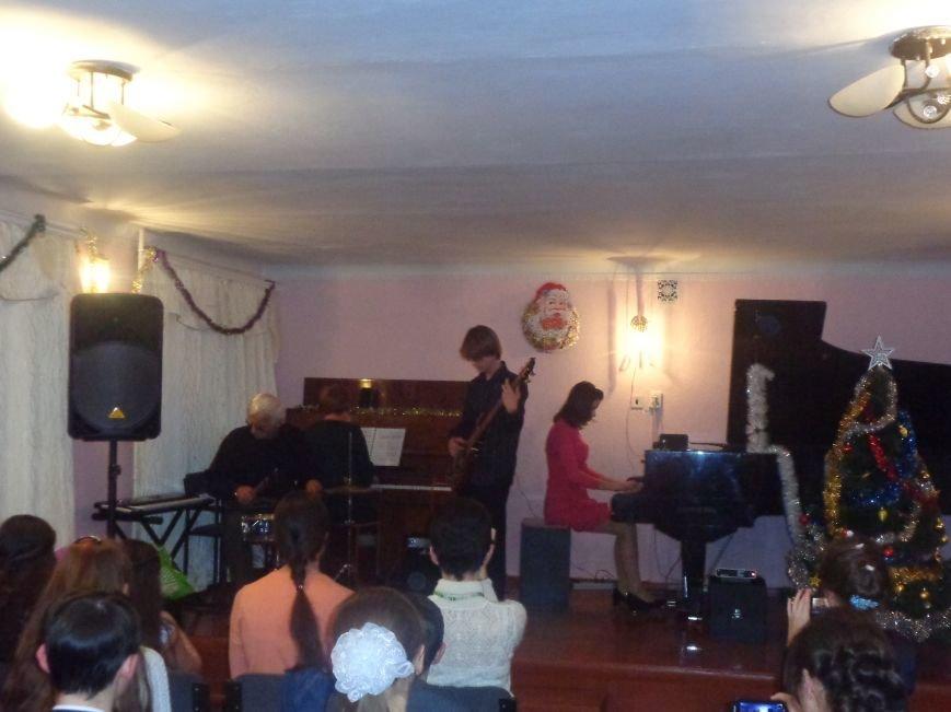 В музыкальной школе Красноармейска прозвучали «Хиты прошлых лет» (фото) - фото 19