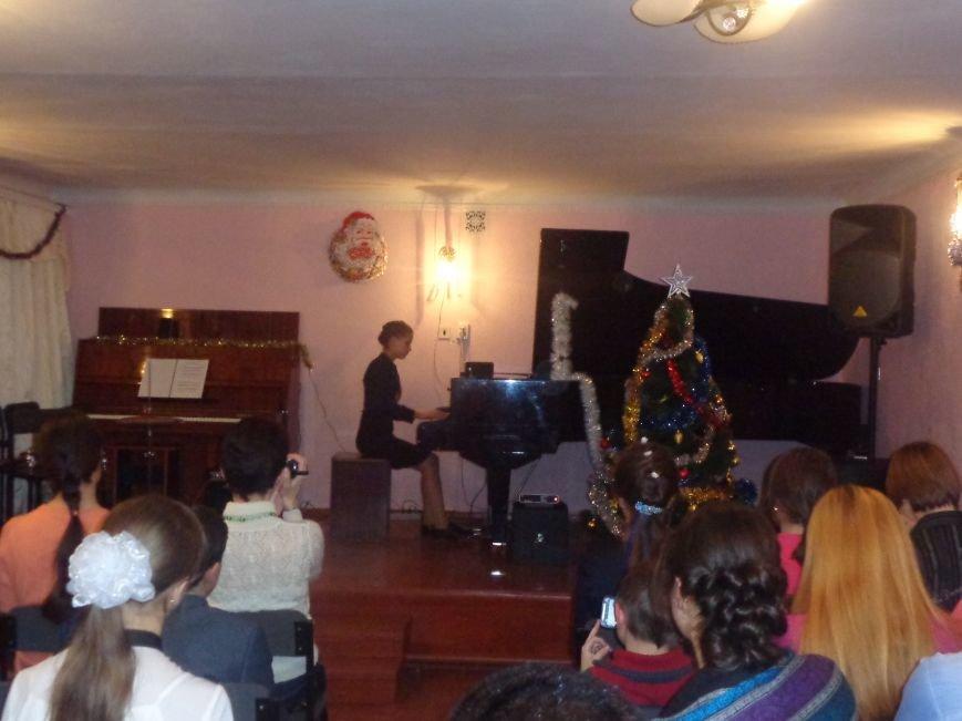 В музыкальной школе Красноармейска прозвучали «Хиты прошлых лет» (фото) - фото 16
