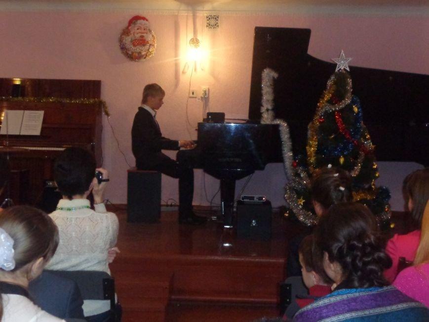 В музыкальной школе Красноармейска прозвучали «Хиты прошлых лет» (фото) - фото 3