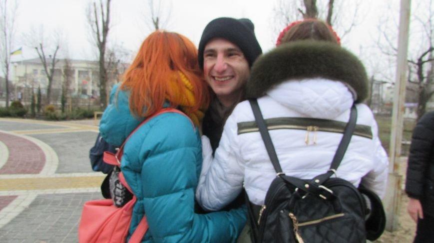 День Святого Николая в Северодонецке отметили «обнимашками» (ФОТО), фото-6