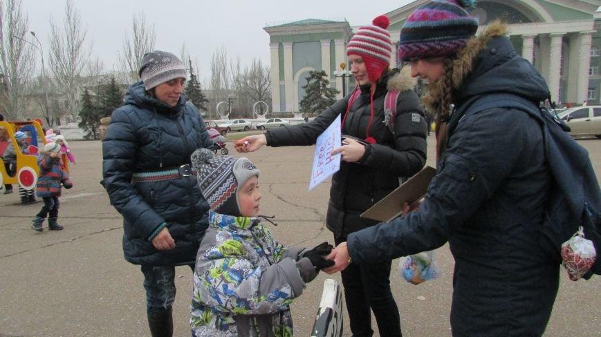 День Святого Николая в Северодонецке отметили «обнимашками» (ФОТО), фото-2