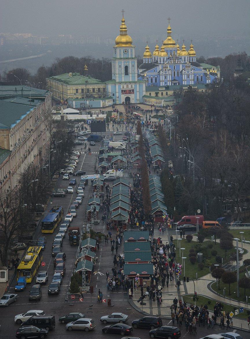 Как на Софии открывали новогодний фестиваль и главную елку страны (ФОТОРЕПОРТАЖ) (фото) - фото 1