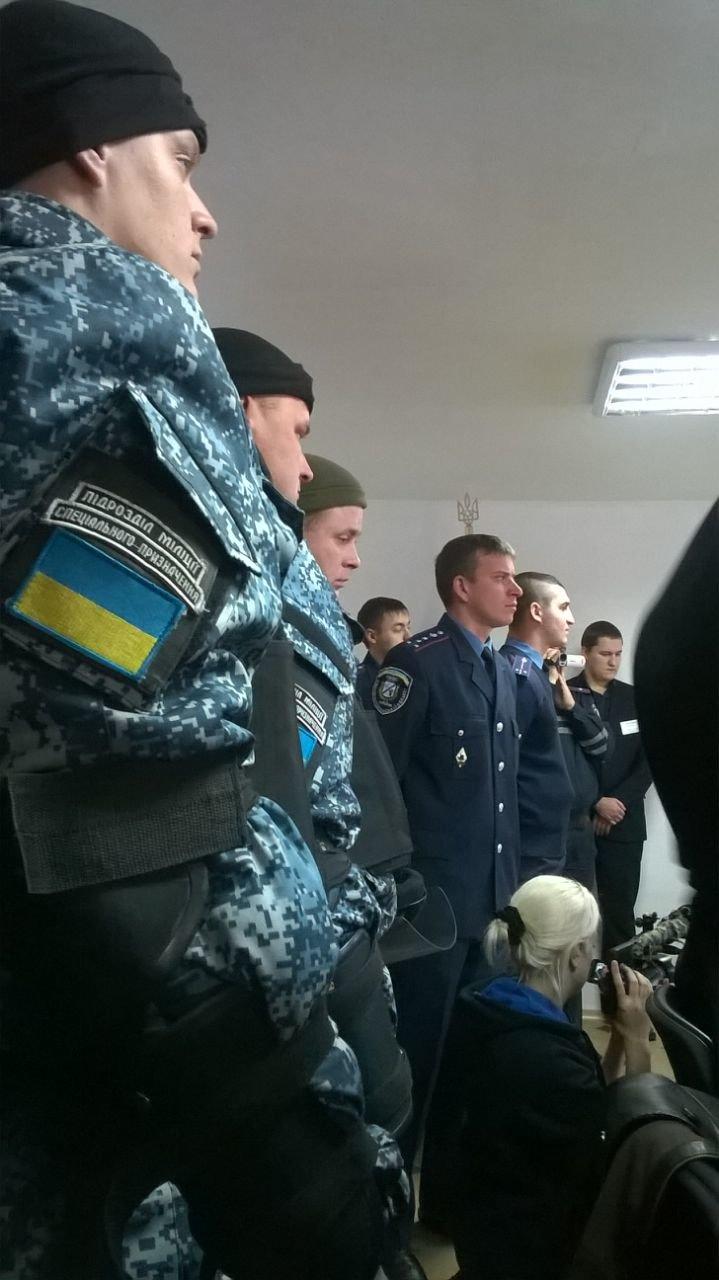 Сестра погибшего в Ил-76 Героя: На суде было тяжело смотреть на человека, отправившего на верную смерть 49 десантников (ФОТО), фото-3